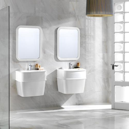 Комплект мебели для ванной комнаты. Фото: Vivon