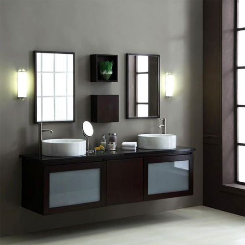 Комплект мебели для ванной комнаты. Фото: www.vivon.ru